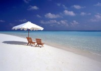 White-snady beaches on Maldives