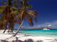 Brázdit na jachtě po pobřeží Karibiku