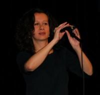 Zpívající Ester Kočičková