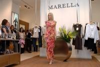 V těchto šatech pojede Lucie Hadašová na soutěž krásy Miss Universe 2007