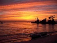 Západy slunce jsou ve Francouzské Polynésii okouzlující a nezapomenutelné