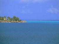 Mnohé bungalovy na Bora Bora jsou vystavěné přímo nad vodou