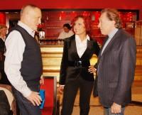 Petra Janů s manželem Michalem Zelenkou a Karlem Gottem