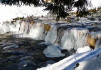 Ledopády na řece Úpě