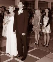 Svatba pod basketbalovým košem