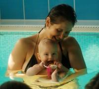 Řádění v bazénu - už je mi 6 měsíců