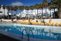 Bazén Aparthotelu Costa Mar v Puerto del Carmen