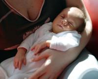 Spinkám mamince v náručí