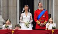 Kate a William sledují na nebi královské letectvo