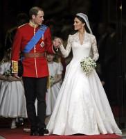 William a Kate odcházejí z Westminsterského opatství