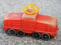 Červená lokomotiva z měkkého plastu