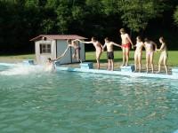 8.C v bazénu - díl 2