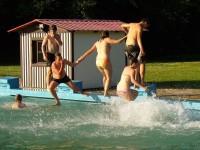 8.C v bazénu - díl 3