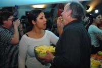 Ivan Vyskočil se s přítelkyní Lucií trochu nezdravě krmili bramborovými lupínky