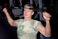 Martin Maxa má svaly krásně propracované