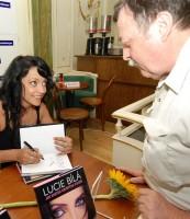 Lucie Bílá pokřtila knihu Jen krátká návštěva potěší