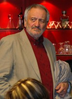 Na dražbu se přišel podívat i herec Milan Lasica