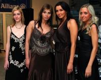 Lena Záhorská a Andrea Kloboučková-Vránová s dalšími modelkami