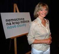 Manželka autora scénáře první série Nemocnice, Magdalena Dietlová