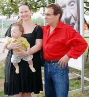 Jan Saudek se od přítelkyně Pavly a syna Matěje nehnul ani na krok