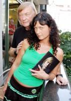 Vít Olmer s manželkou Simonou Chytrovou
