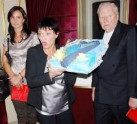 Že by dortová válka v podání Valerie Zawadské?