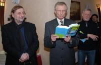 Velvyslanec SR Ladislav Ballek předčítá z Fuksových pamětí