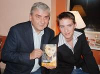 Miroslav Donutil se synem Martinem, který byl jedním z kmotrů knihy