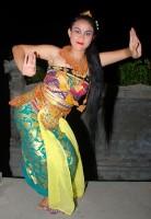 Barvy života pro Indonésii aneb Indonéská noc