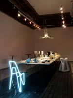 Výstava designu Hostina pro návštěvu z jiného světa v Miláně