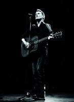 Bryan Adams potěší fanoušky výjimečným živým albem