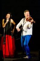 Jaroslav Dušek, Jan Budař a Feng-yűn Song přivítají rok Kohouta hudbou a humorem