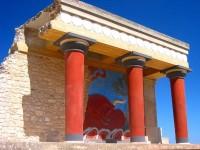 Nejznámější freska býka v Knossu