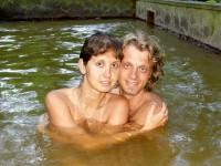 Koupel v teplém sirném bazénu