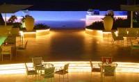 Večer v luxusním hotelu Sandy Lane