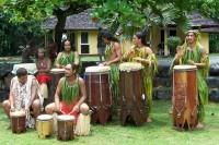Hudebníci na ostrově Nuku Hiva