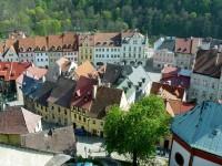 Pohled na město Loket z hradní věže