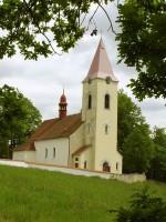 Kostel ve vesnici Lutová