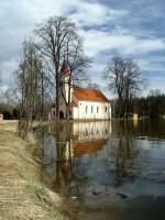 Kostel v Majdaleně při povodni