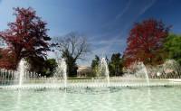 V parku nechybí ani vodotrysky