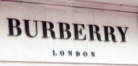 Typická londýnská značka Burberry