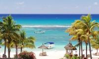 Tyrkysové moře na ostrově Mauritius