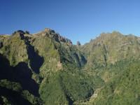 Z vyhlídky Balcoes uvidíte nejvyšší vrcholky ostrova Madeira